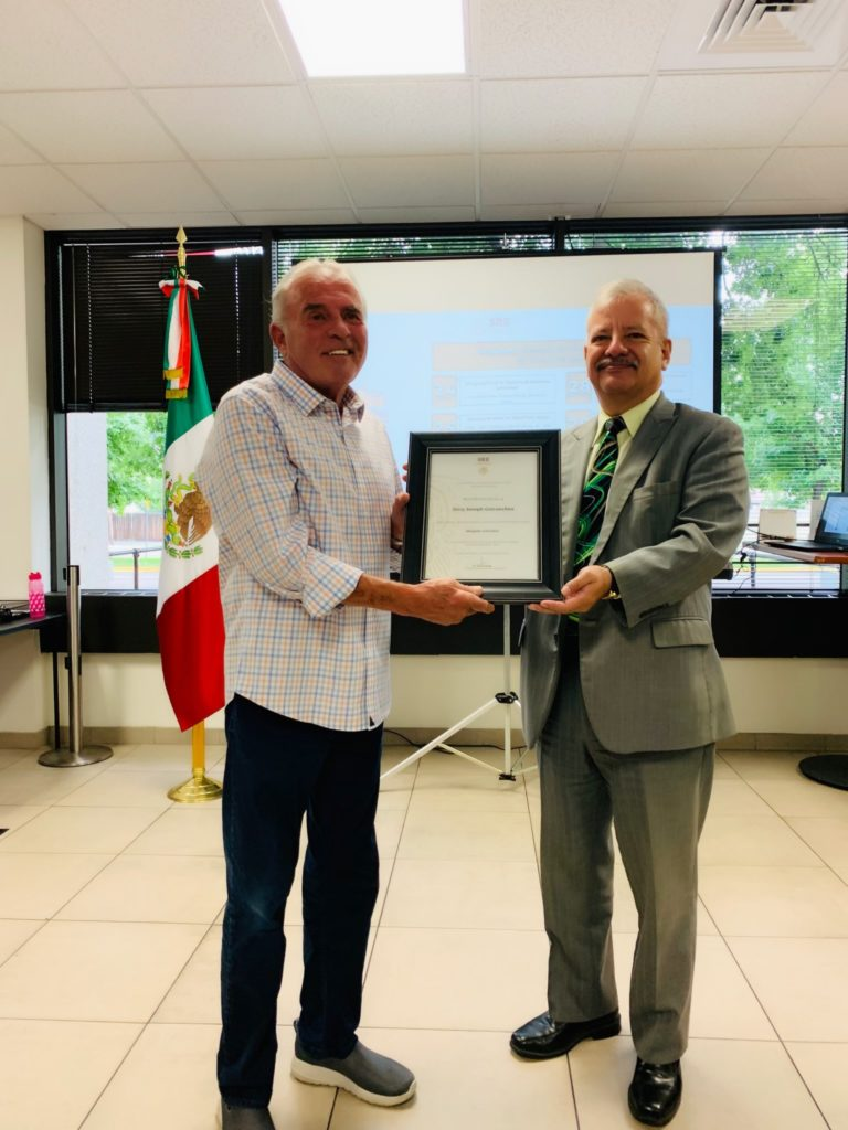 Jerry Goicoechea receives recognition from the Mexican Consulate
